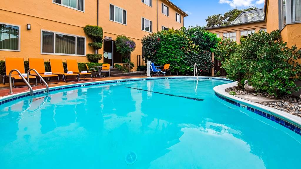 Best Western Carmel's Town House Lodge - Piscina