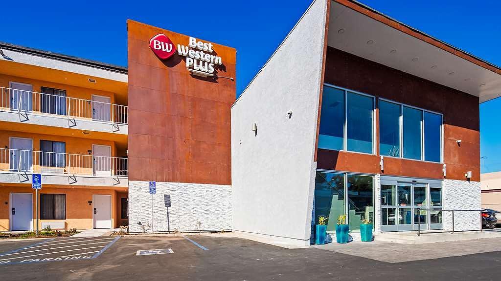 Best Western Plus Continental Inn & Suites - Vista exterior