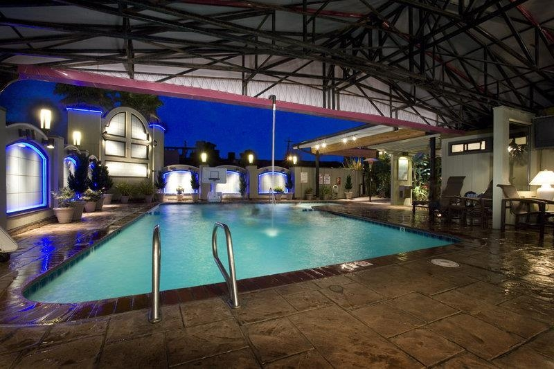 Best Western Plus Humboldt Bay Inn - Don't let the weather stop you from jumping in, our indoor/outdoor pool is available year-round for you and your friends.