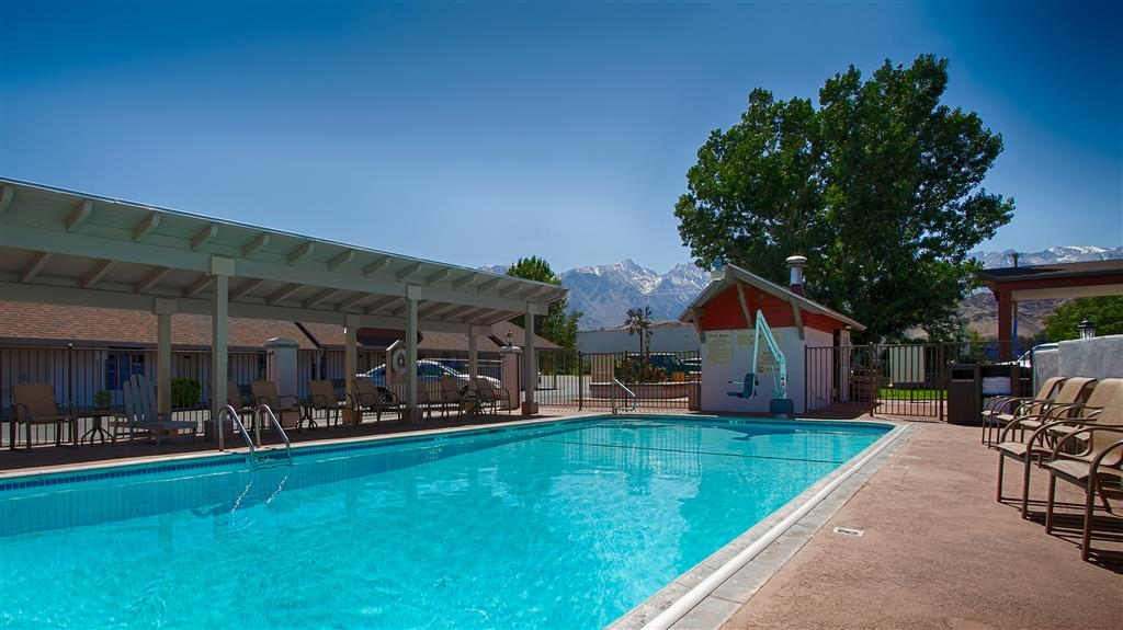 Best Western Plus Frontier Motel - Our outdoor pool is the perfect place to rejuvenate after a day traveling.