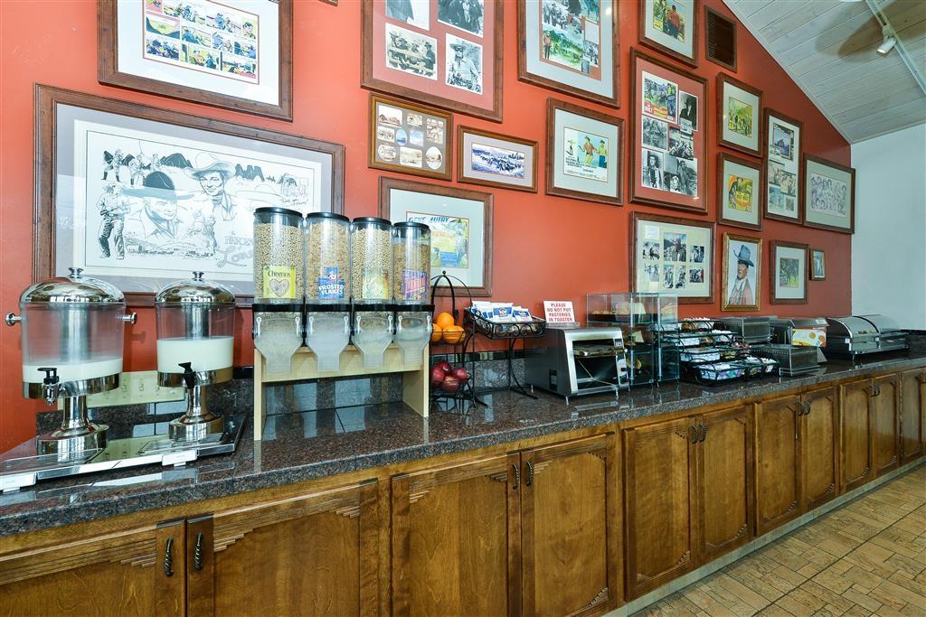 Best Western Plus Frontier Motel - Desayuno Buffet