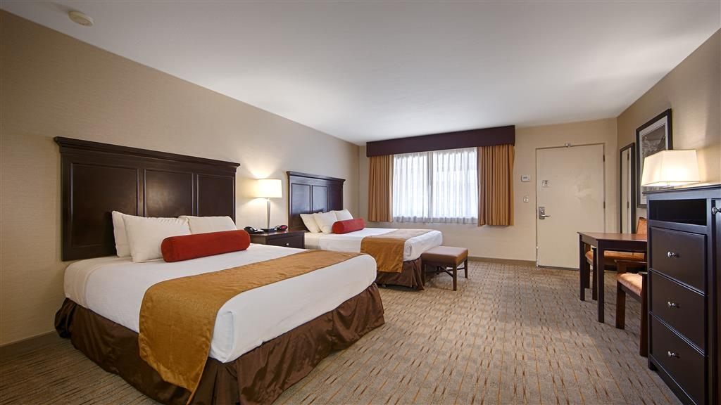 Best Western Plus Frontier Motel - Stocked with everything you need and more, our queen guest rooms are the perfect home away from home.