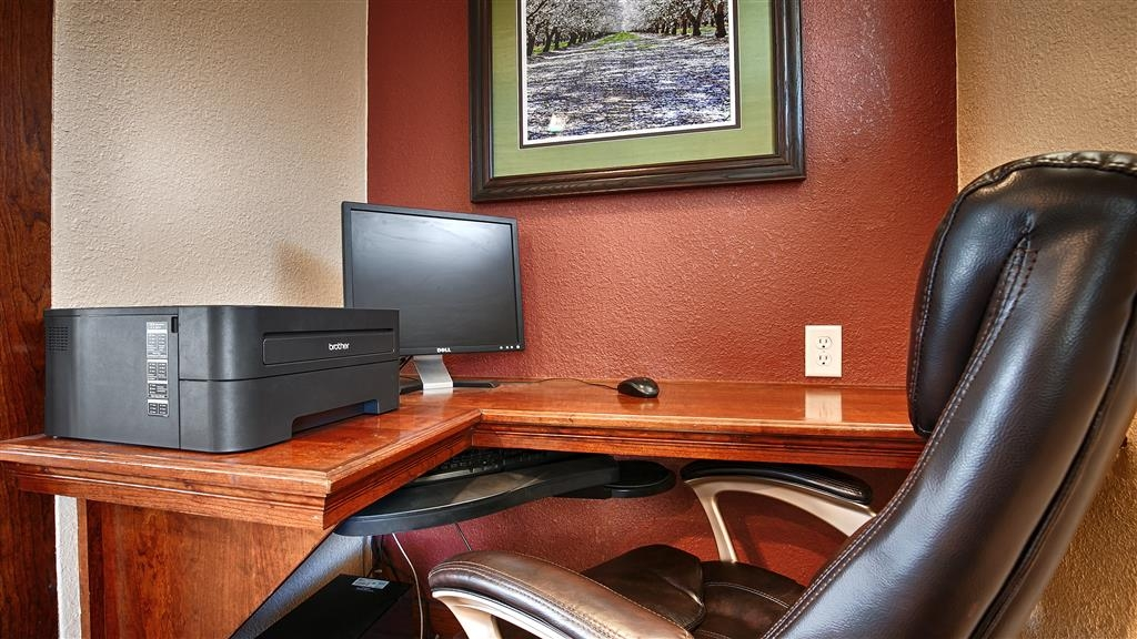 Best Western Town House Lodge - Catch up with work in our 24-hour business center.