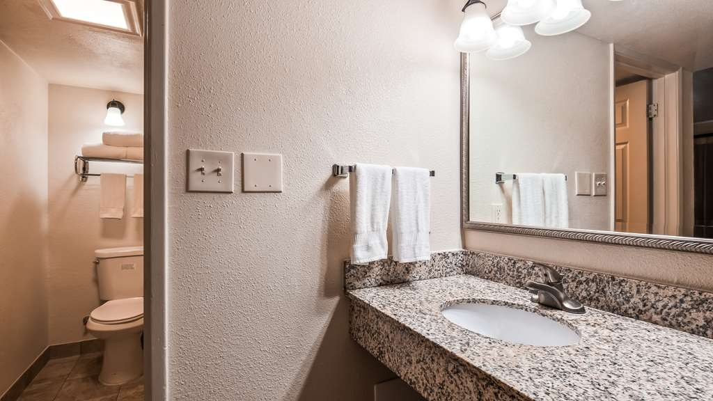 Best Western Town House Lodge - Guest room