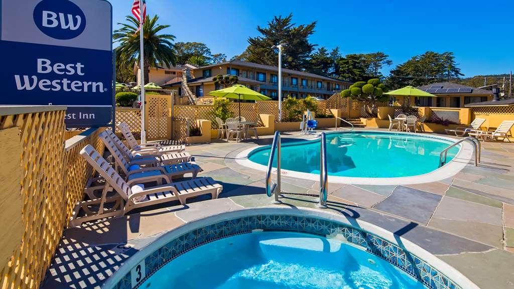 Best Western Park Crest Inn - Vue de la piscine