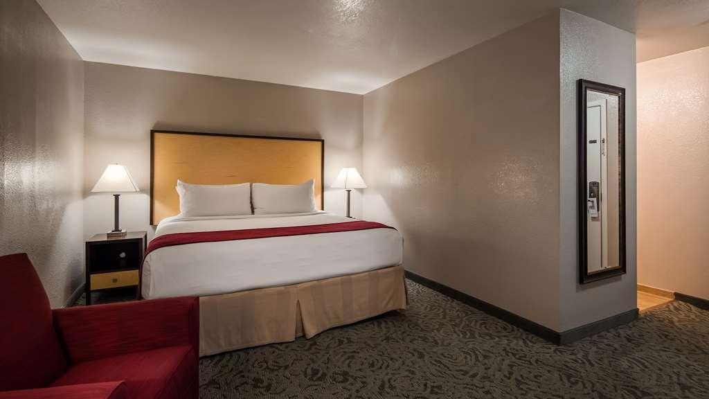 Best Western Petaluma Inn - Guest Room