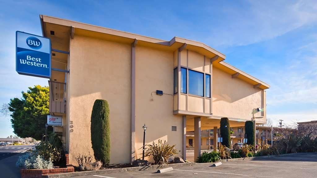 Best Western Petaluma Inn - Vista Exterior