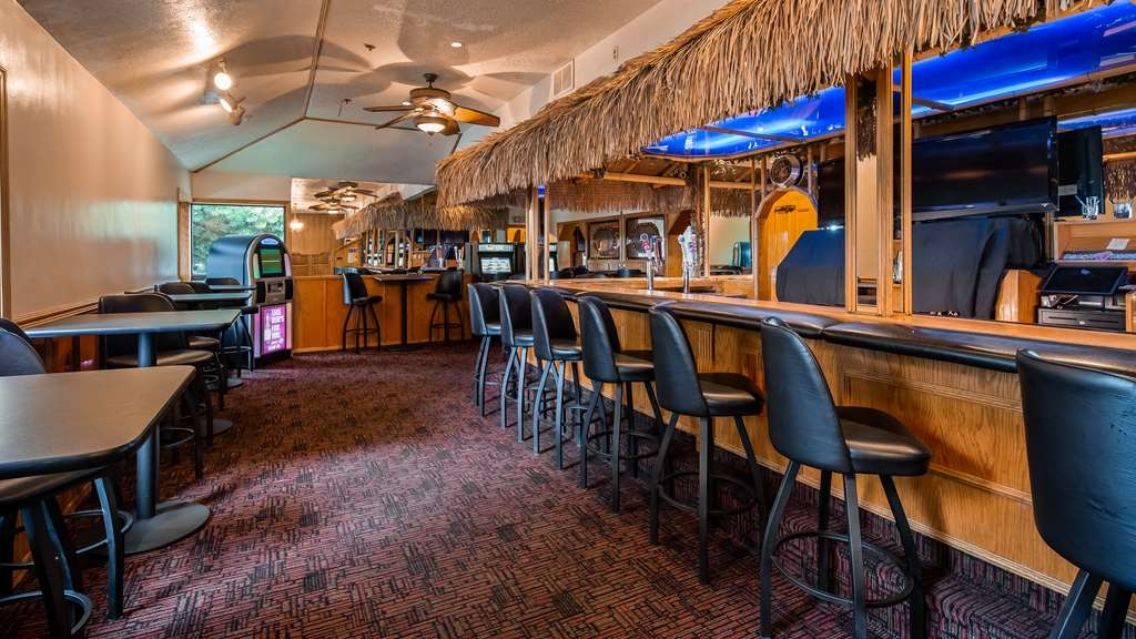 Best Western Dunmar Inn - Bar/Lounge