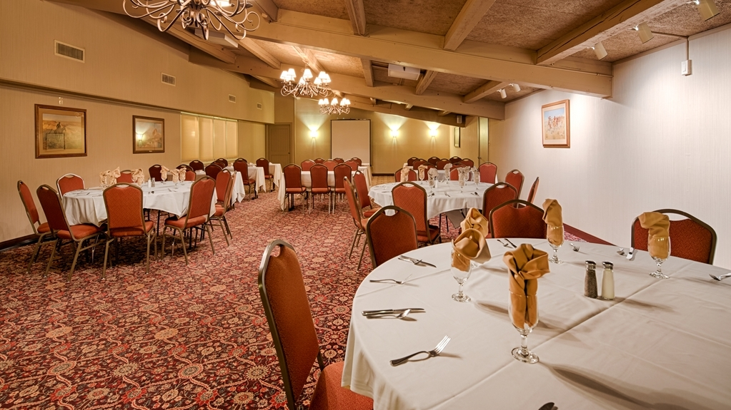 Best Western Outlaw Inn - Robber's Roost Meeting and Celebration Room
