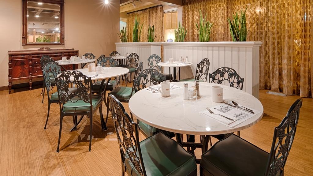 Best Western Outlaw Inn - Restaurant