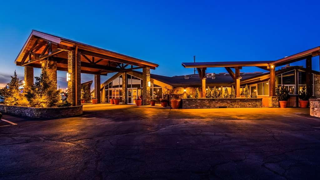 Best Western Outlaw Inn - Our Hotel features the Open Range restaurant and bar.
