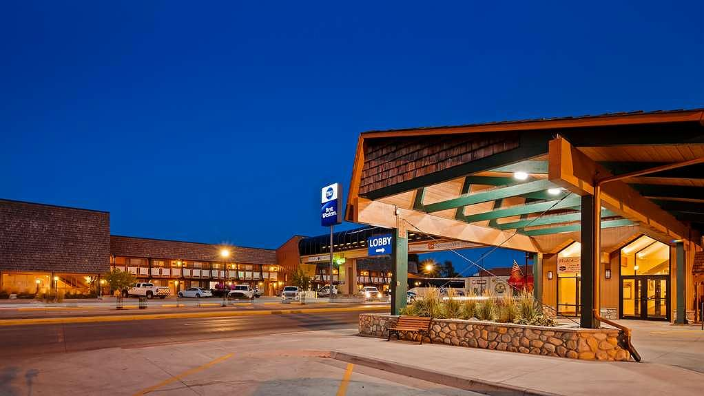 Best Western Sheridan Center - Facciata dell'albergo