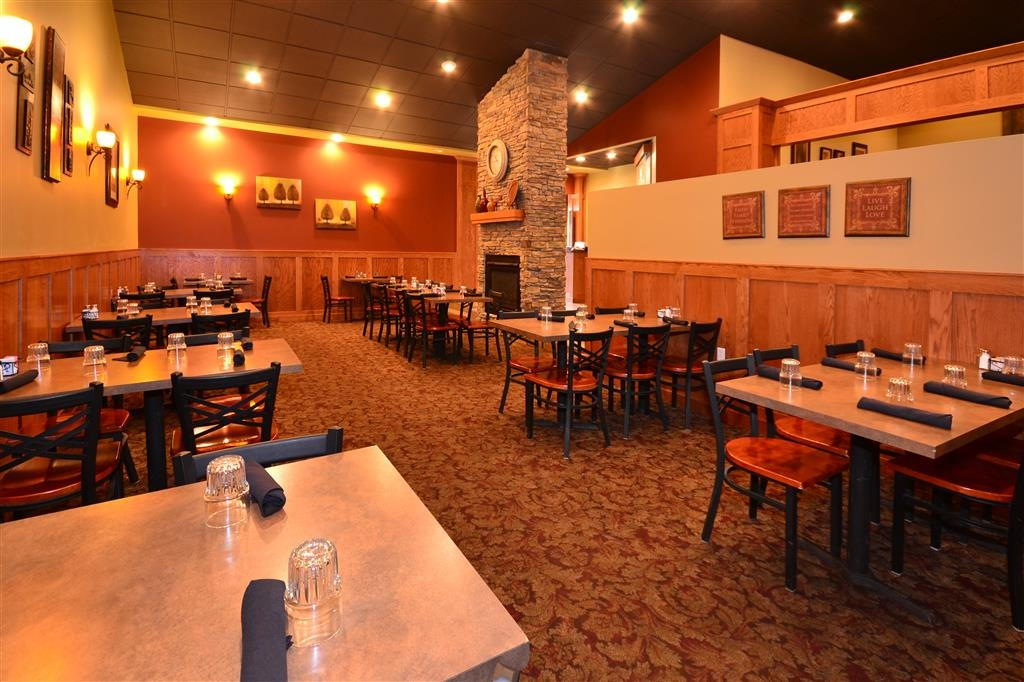 Best Western Tower West Lodge - Our on-site restaurant, Silver Creek Steakhouse, is open daily until 9:00 p.m.