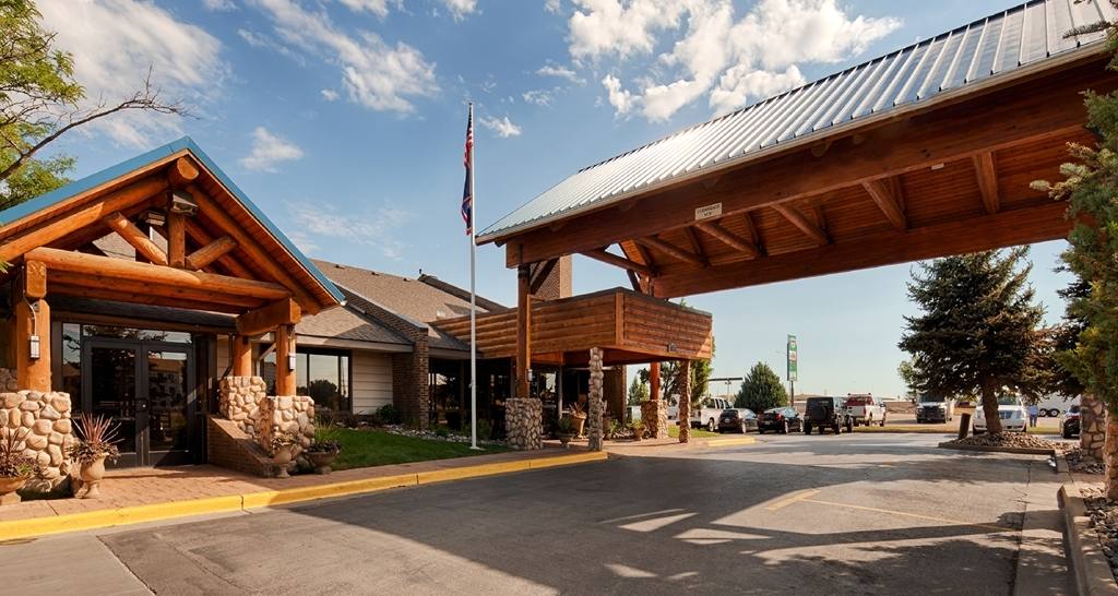 Best Western Tower West Lodge - Whether traveling for business or pleasure you will truly enjoy your stay at the Best Western Tower West Lodge.