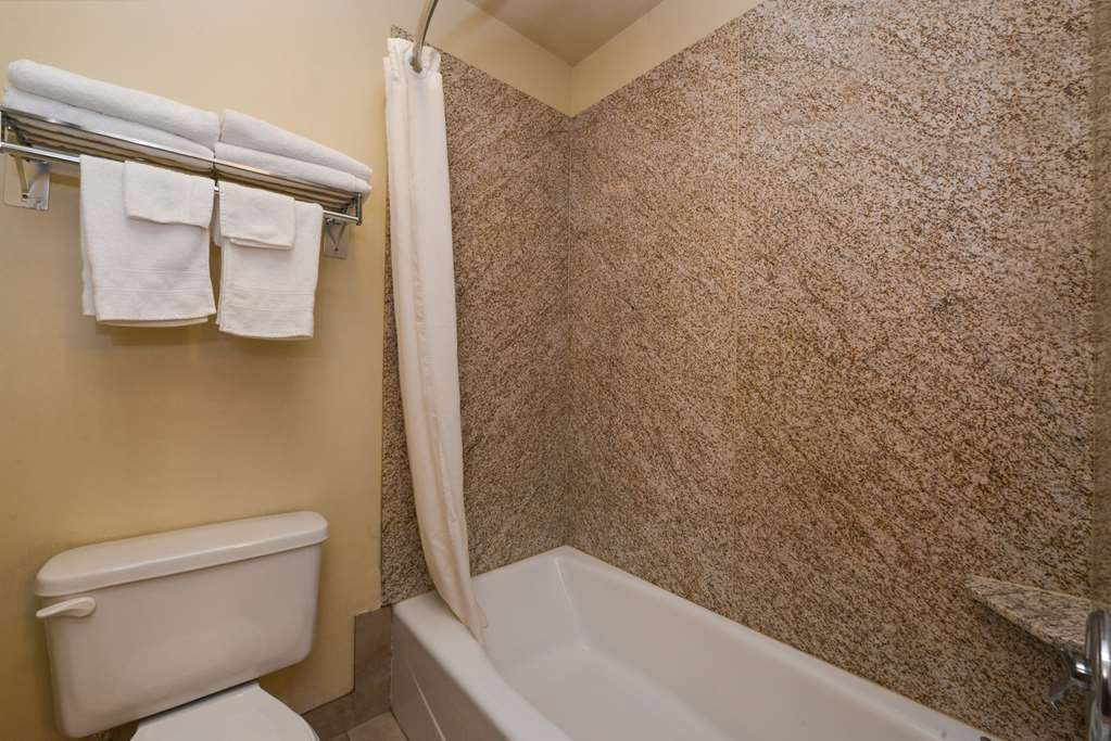 Best Western Pinedale Inn - Salle de bain