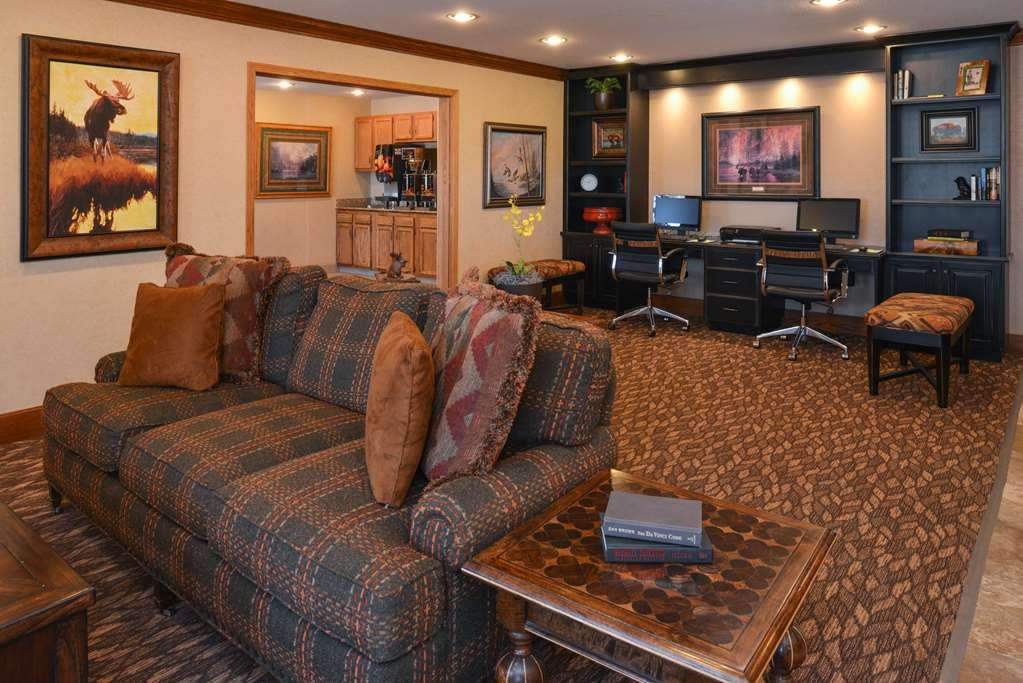 Best Western Pinedale Inn - Lobby and Business Center