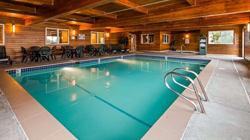 Best Western Pinedale Inn - Vue de la piscine