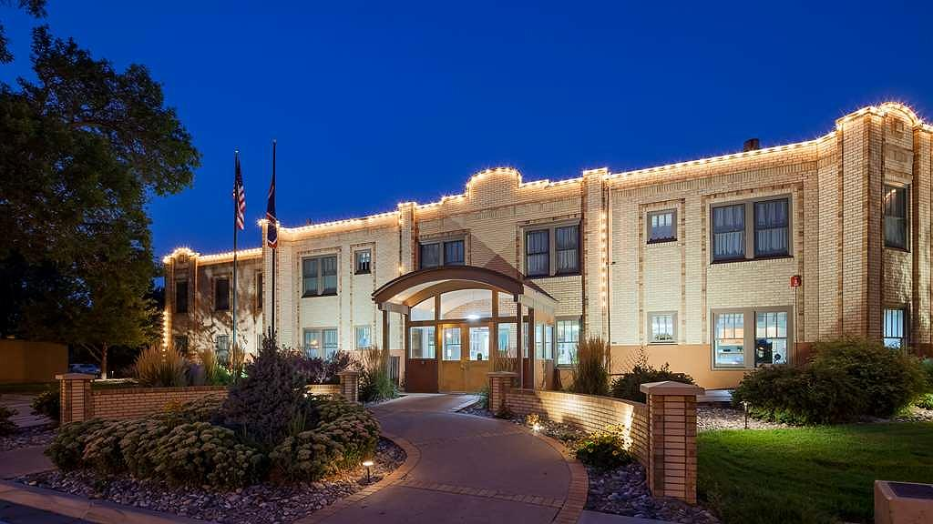 Best Western Plus Plaza Hotel - Façade