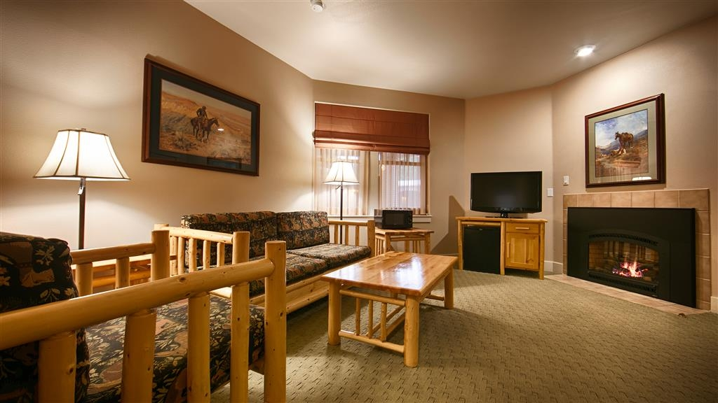 Best Western Plus Plaza Hotel - Our fireplace suites are perfect for those chilly Wyoming evenings, or to warm up the romance.