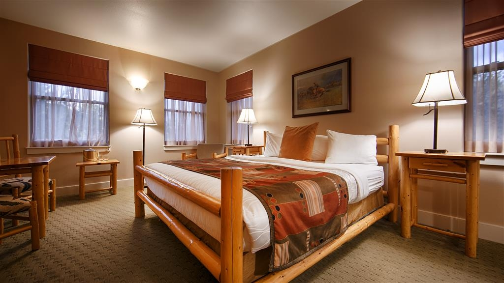 Best Western Plus Plaza Hotel - Our well appointed guest rooms ensure your comfort and convenience.