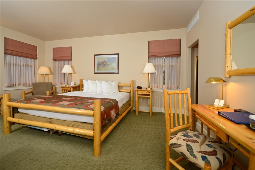 Best Western Plus Plaza Hotel - Our single king rooms offer the best comfort, with some of the best views.