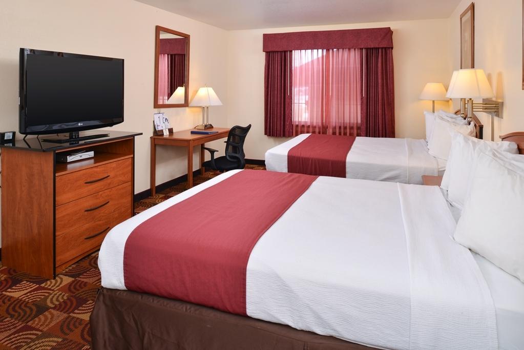 Best Western Laramie Inn & Suites - Two Queen Guest Room