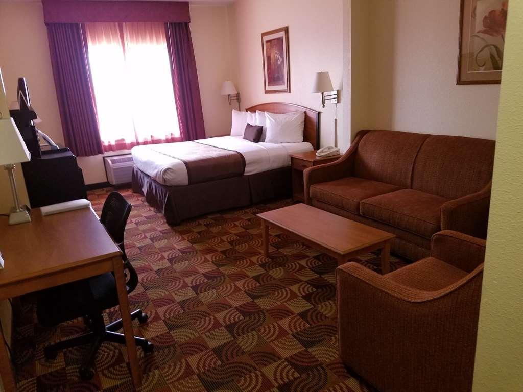 Best Western Laramie Inn & Suites - King Suite Guest Room