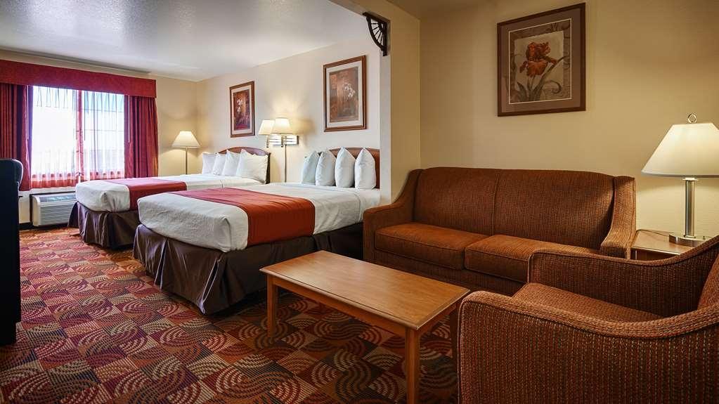 Best Western Laramie Inn & Suites - Two Queen Room