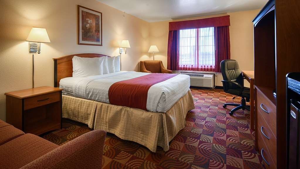 Best Western Laramie Inn & Suites - Guest Room