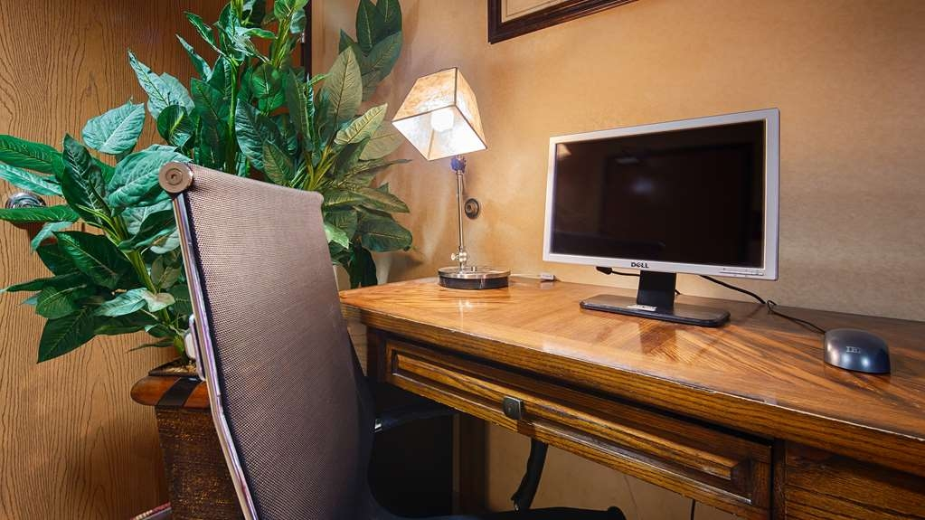 Best Western Laramie Inn & Suites - affari-centro
