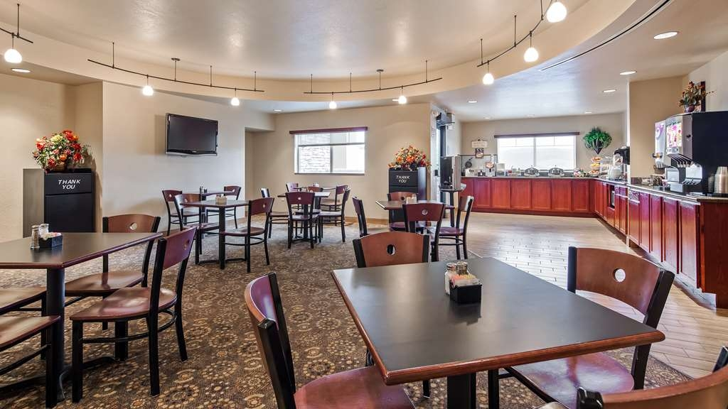 Best Western Plus Fossil Country Inn & Suites - Breakfast Area
