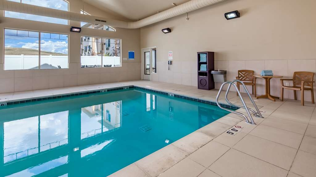Best Western Plus Fossil Country Inn & Suites - Indoor Pool