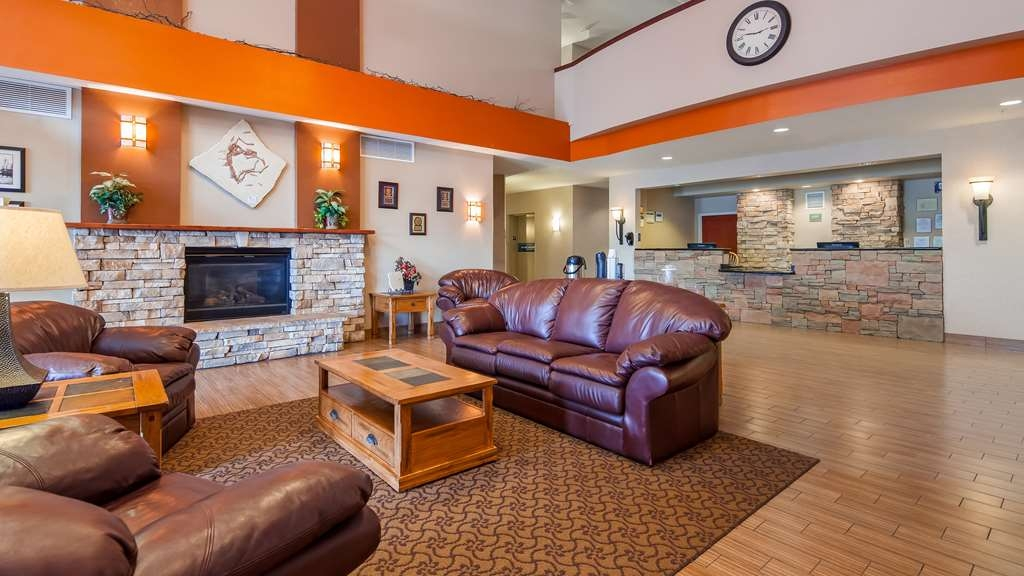 Best Western Plus Fossil Country Inn & Suites - Lobby