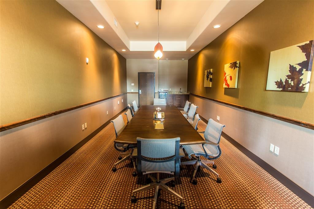 Best Western Premier Ivy Inn & Suites - Meeting Room