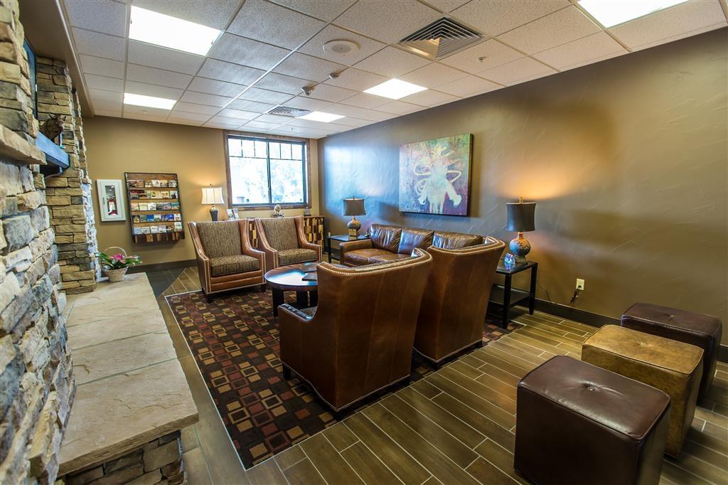 Best Western Premier Ivy Inn & Suites - Hall