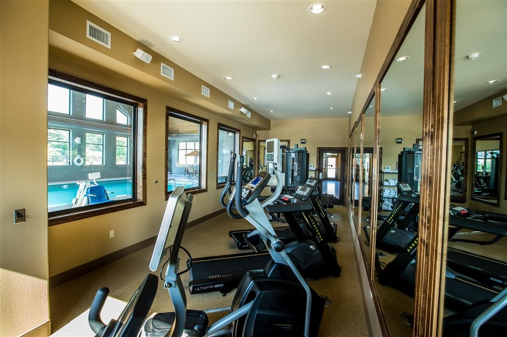 Best Western Premier Ivy Inn & Suites - Our fitness center is outfitted with everything you need for a great workout.