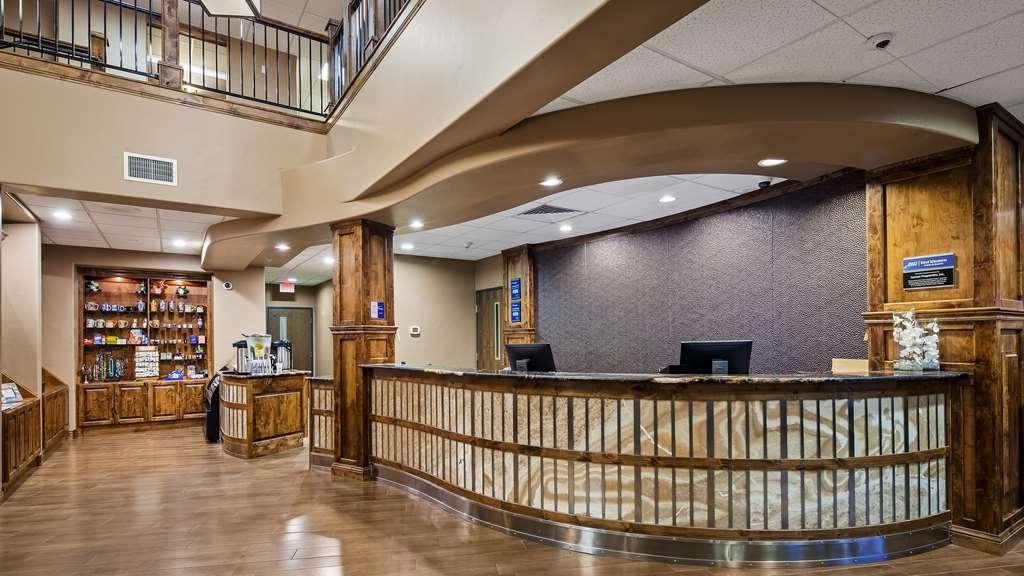 Best Western Premier Ivy Inn & Suites - Vue du lobby