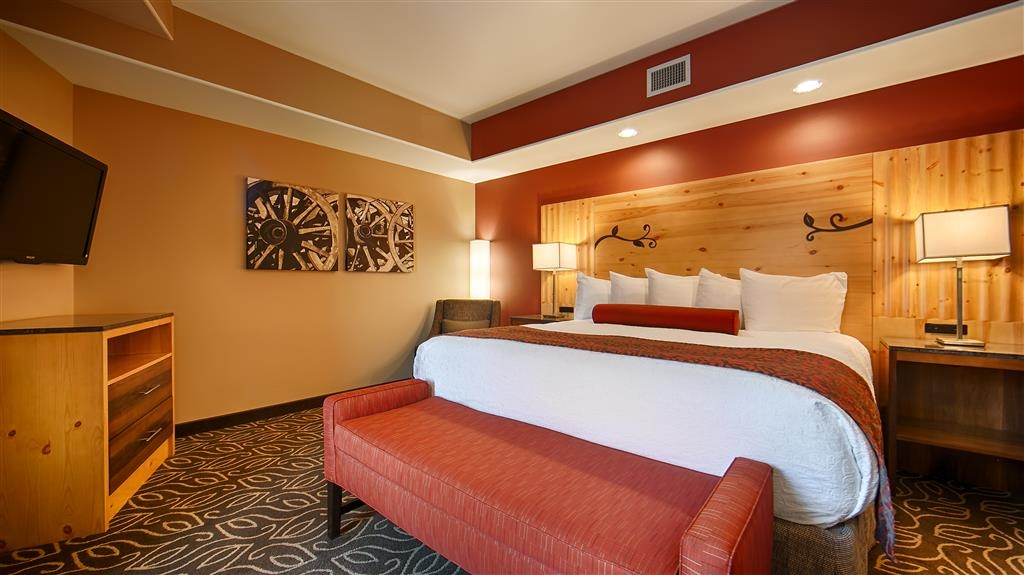 Best Western Premier Ivy Inn & Suites - Your comfort is our first priority.
