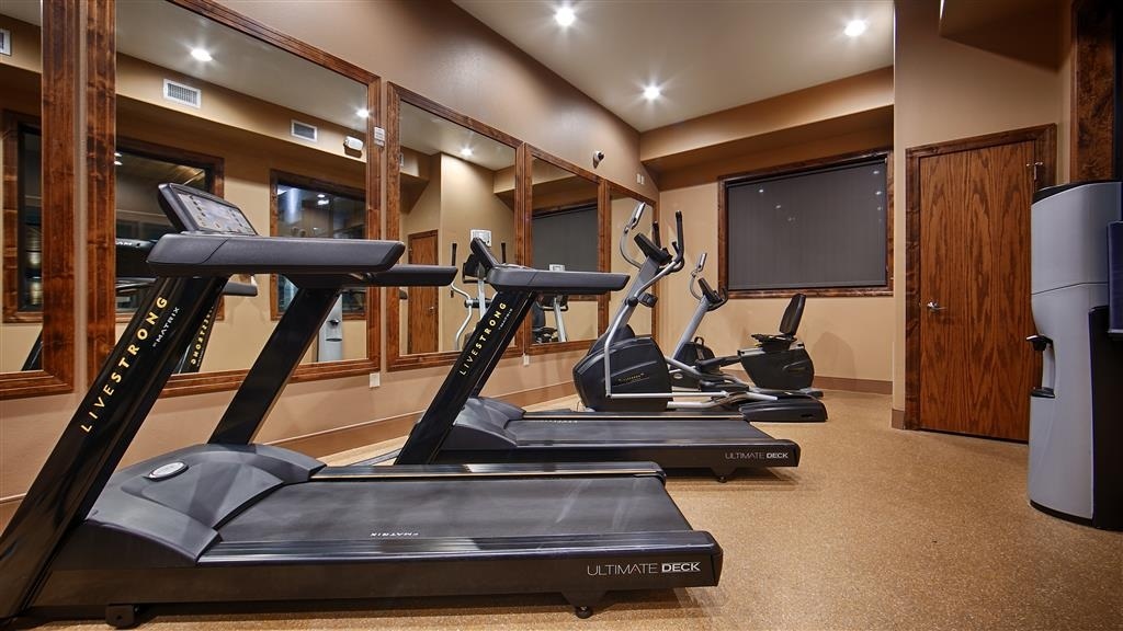 Best Western Premier Ivy Inn & Suites - Fit a workout into your busy day during your stay with the convenience of our fitness center open daily from 6 a.m. to 10 p.m.