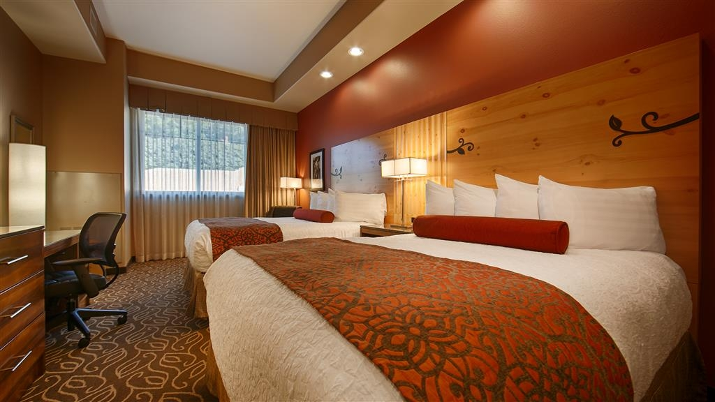Best Western Premier Ivy Inn & Suites - Pull back the covers, hop in and catch your favorite TV show in one of our rooms with two beds.