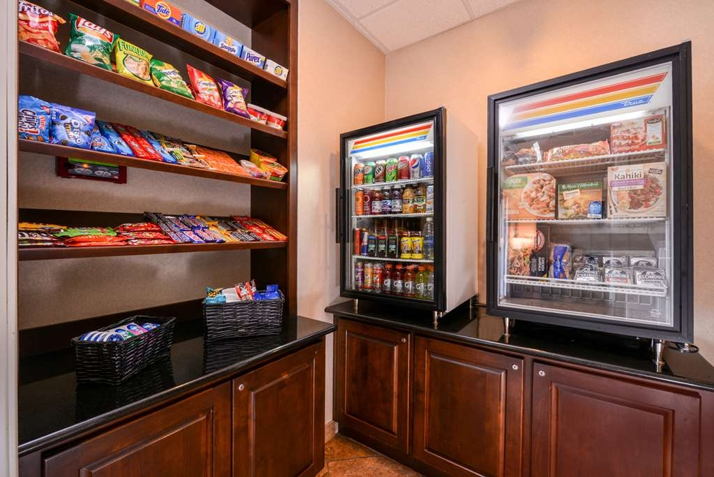 Best Western Plus Frontier Inn - Our Sundry Shop has snacks, beverages, convenience meals, toiletries and pet items!