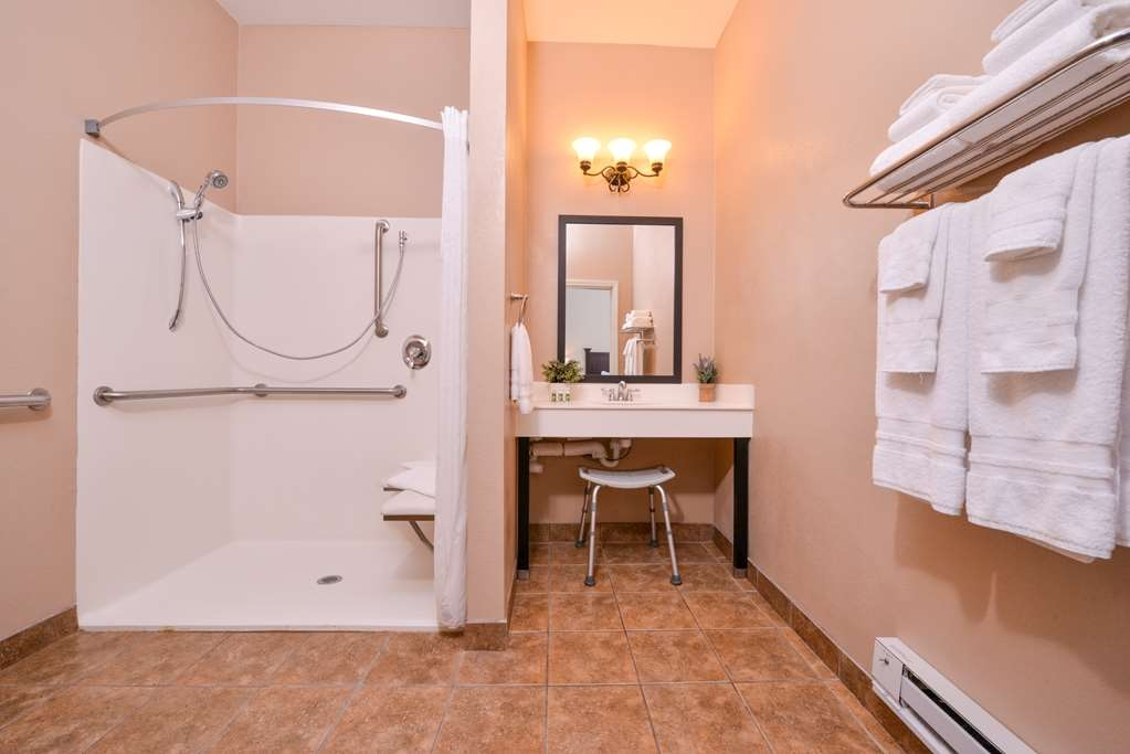 Best Western Plus Frontier Inn - Our handicap accessible rooms are spacious and convenient and include roll-in showers.
