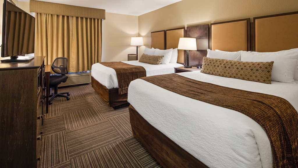 Best Western Plus Frontier Inn - Our standard double queen room is perfect for those with 2-4 people!