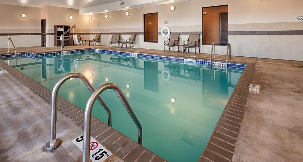 Best Western Plus Casper Inn & Suites - Vue de la piscine