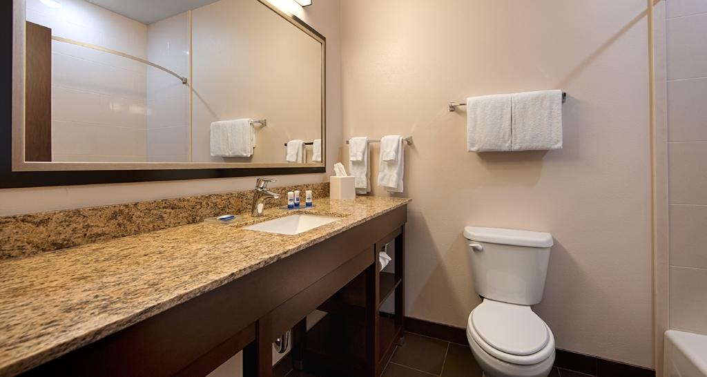 Best Western Plus Casper Inn & Suites - Badezimmer