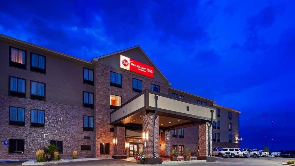 Best Western Plus Casper Inn & Suites - Facciata dell'albergo