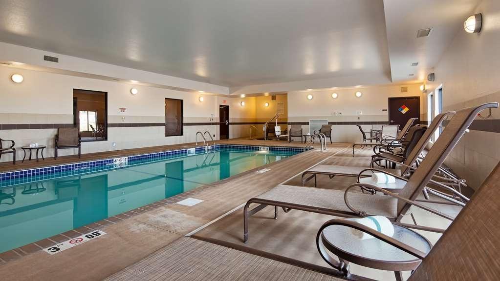 Best Western Plus Casper Inn & Suites - Poolansicht