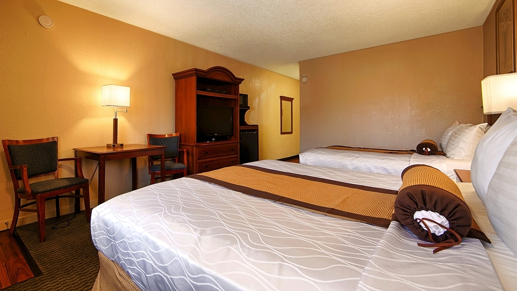 Best Western Heritage Inn - Make yourself at home in our Two Queen Guest Room.