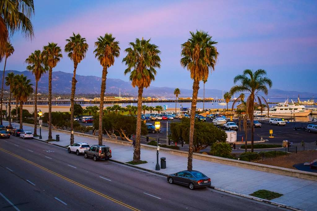 Best Western Beachside Inn - Stunning view from the balconies of our Harborside Rooms: Purple sunset in our little American Riviera town.