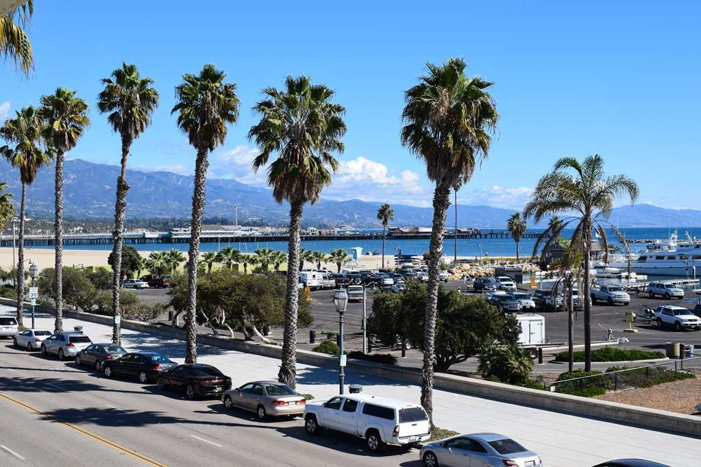 Best Western Beachside Inn - Amazing view from the balconies of our Harborside Rooms: Santa Barbara Harbor, West Beach, Stearns Wharf and the Santa Ynez Mountains as a backdrop.